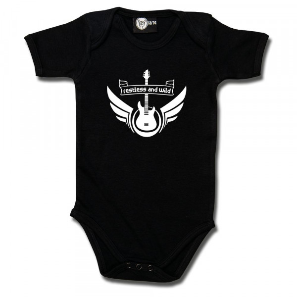 restless and wild Baby Body mit Aufdruck in weiß auf Metal-Kids Markenware