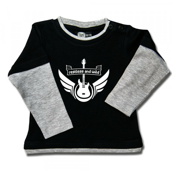 restless and wild Baby Skater Shirt mit Aufdruck in weiß auf Metal-Kids Markenware